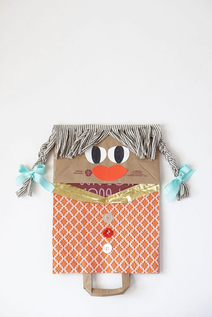 giant-paper-bag-puppet10