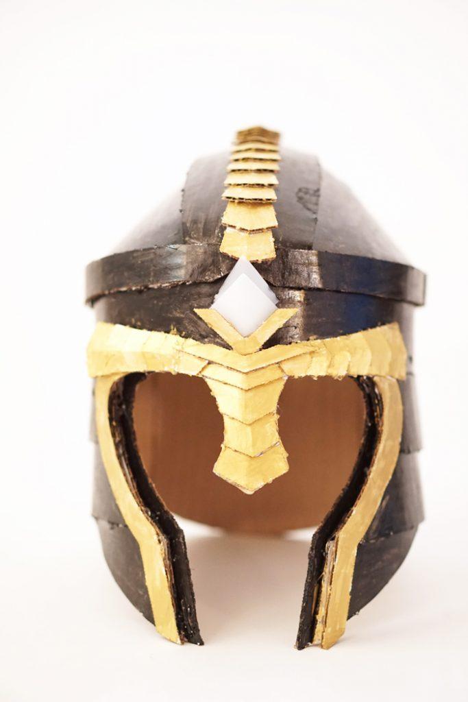 Crafteeo-Cardboard-Helmets1