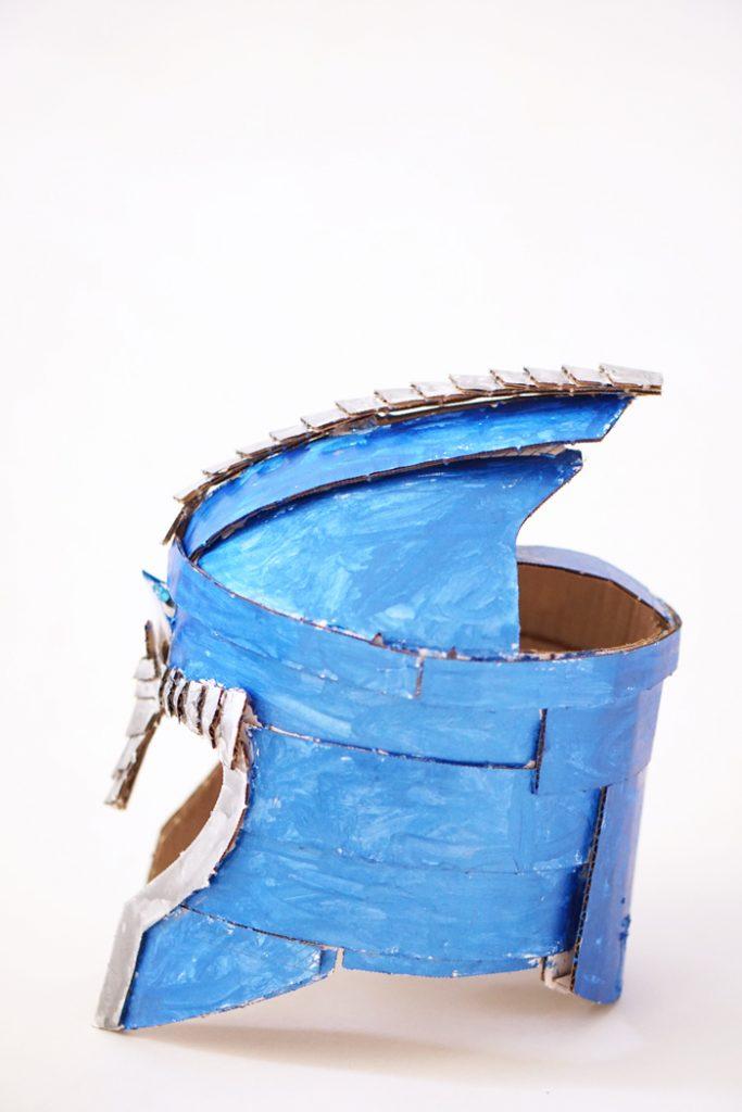 Crafteeo-Cardboard-Helmets2