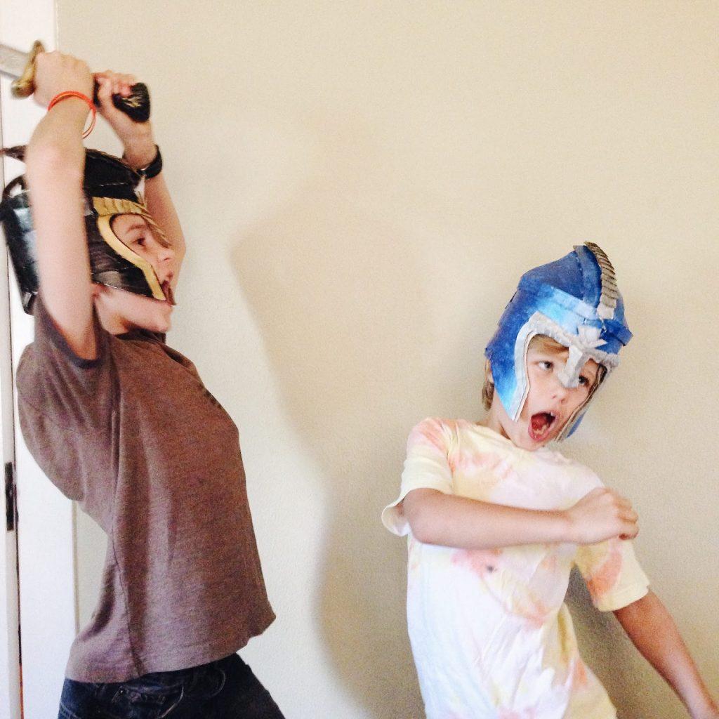 crafteeo-helmets-2