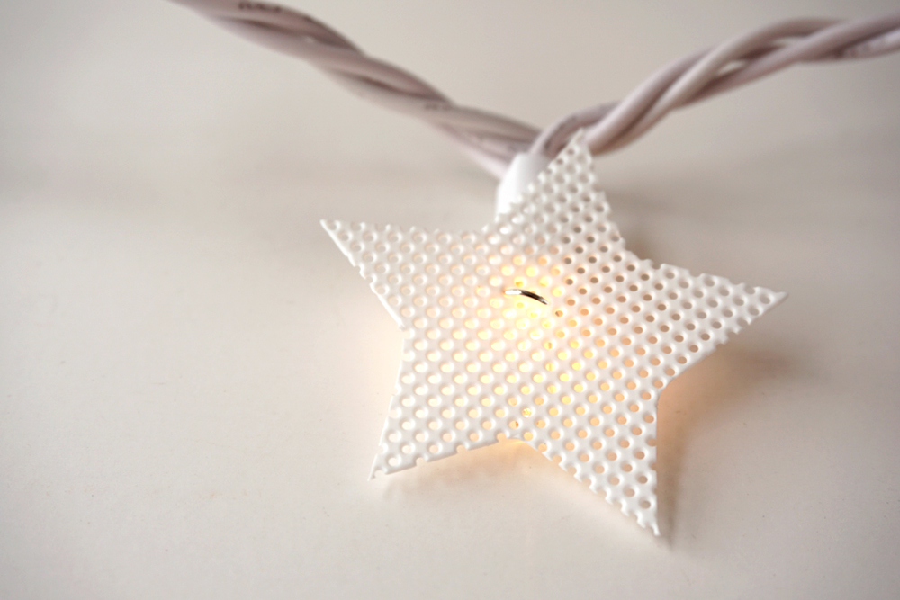 Plastic-Canvas-Star-Lights12