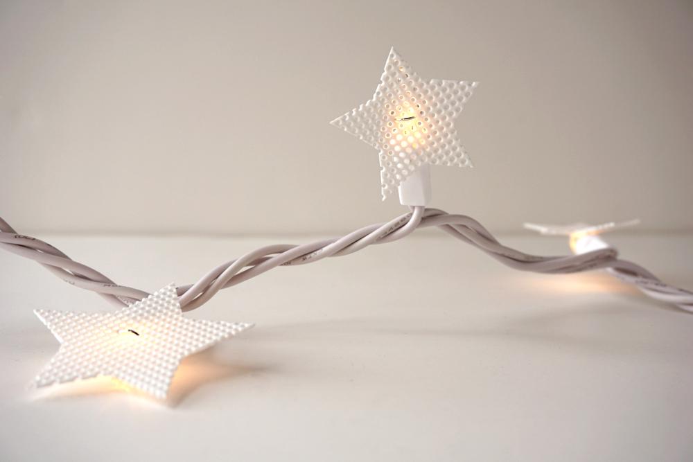Plastic-Canvas-Star-Lights13