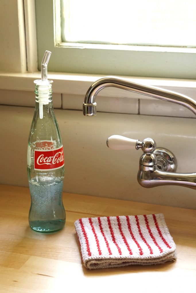 Recycled-Bottle-Dispenser4