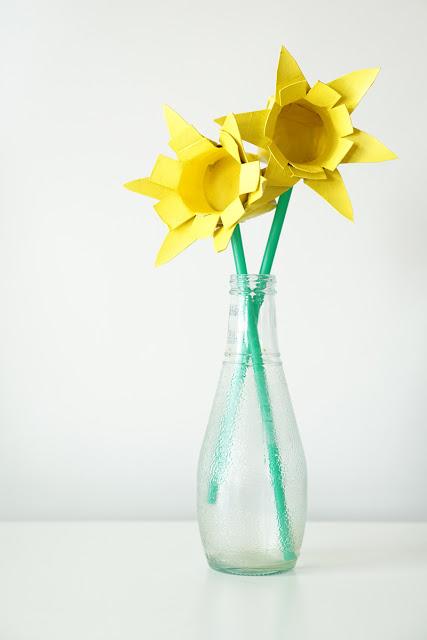DIY-Toilet-Roll-Daffodils800-1