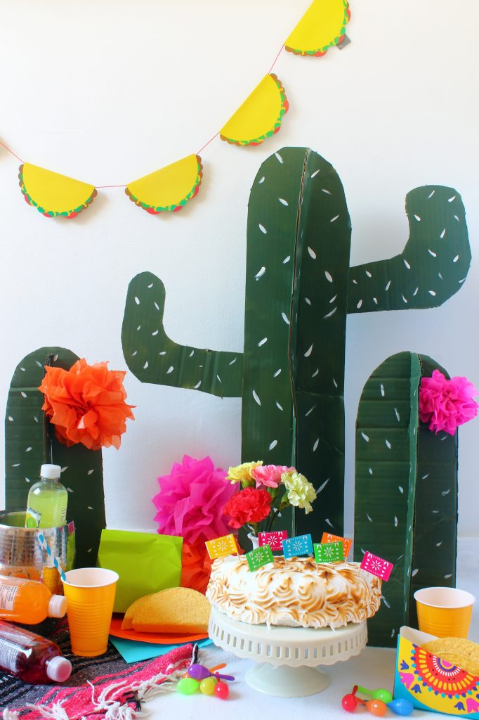 cardboard-cactus-cinco-de-mayo