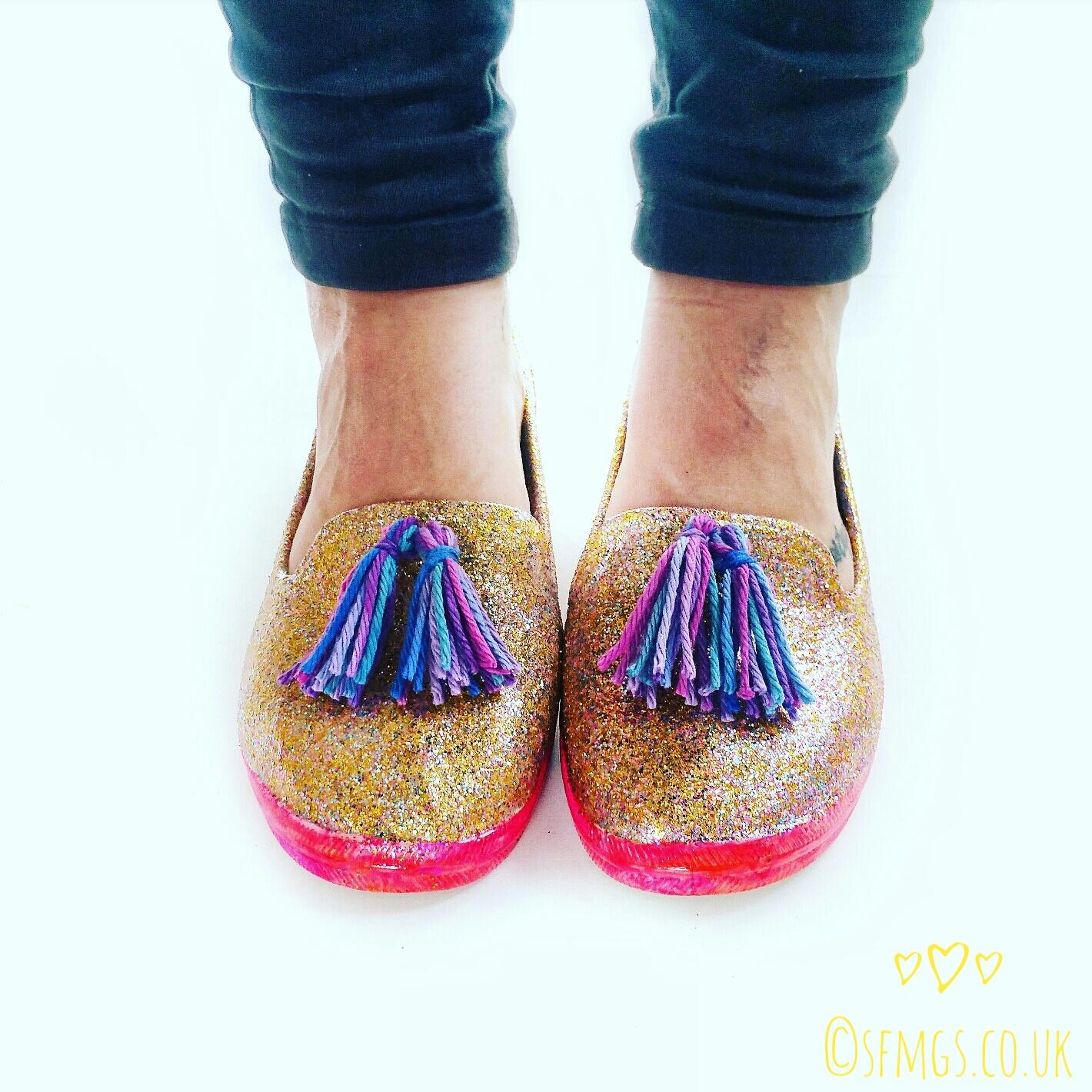 diy-glitter-shoe-pump-trainer-refashion-upcycle-tutorial-lily-sugar-n-cream-modge-podge-4