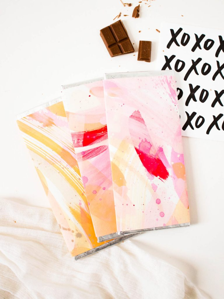 DIY-Valentines-Day-Painted-Chocolate-5