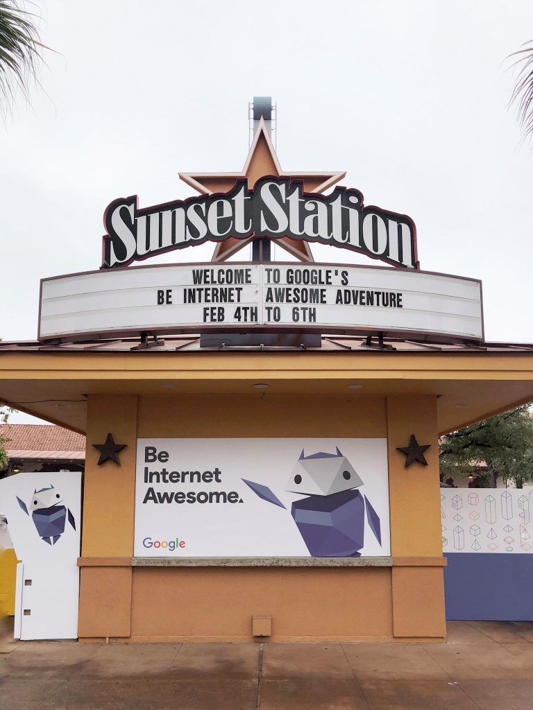 be-internet-awesome-sunset-station