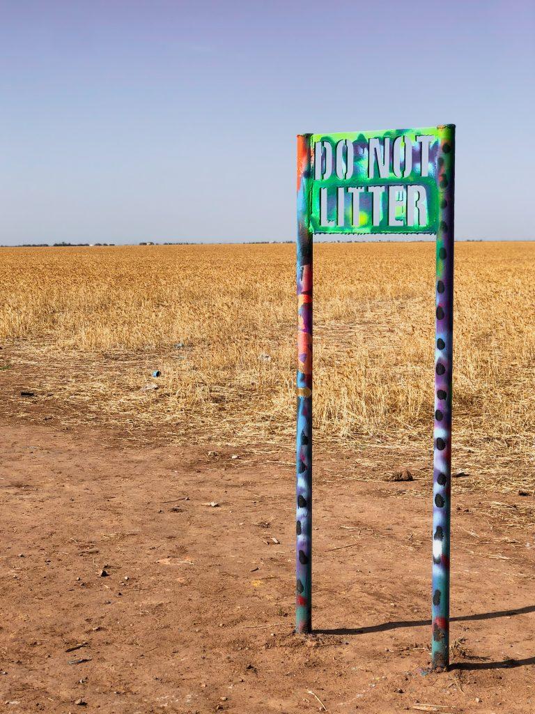 do not litter sign at cadillac ranch amarillo